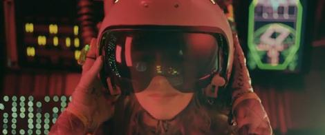 niki helmet Video: Tomorrow by Niki & The Dove